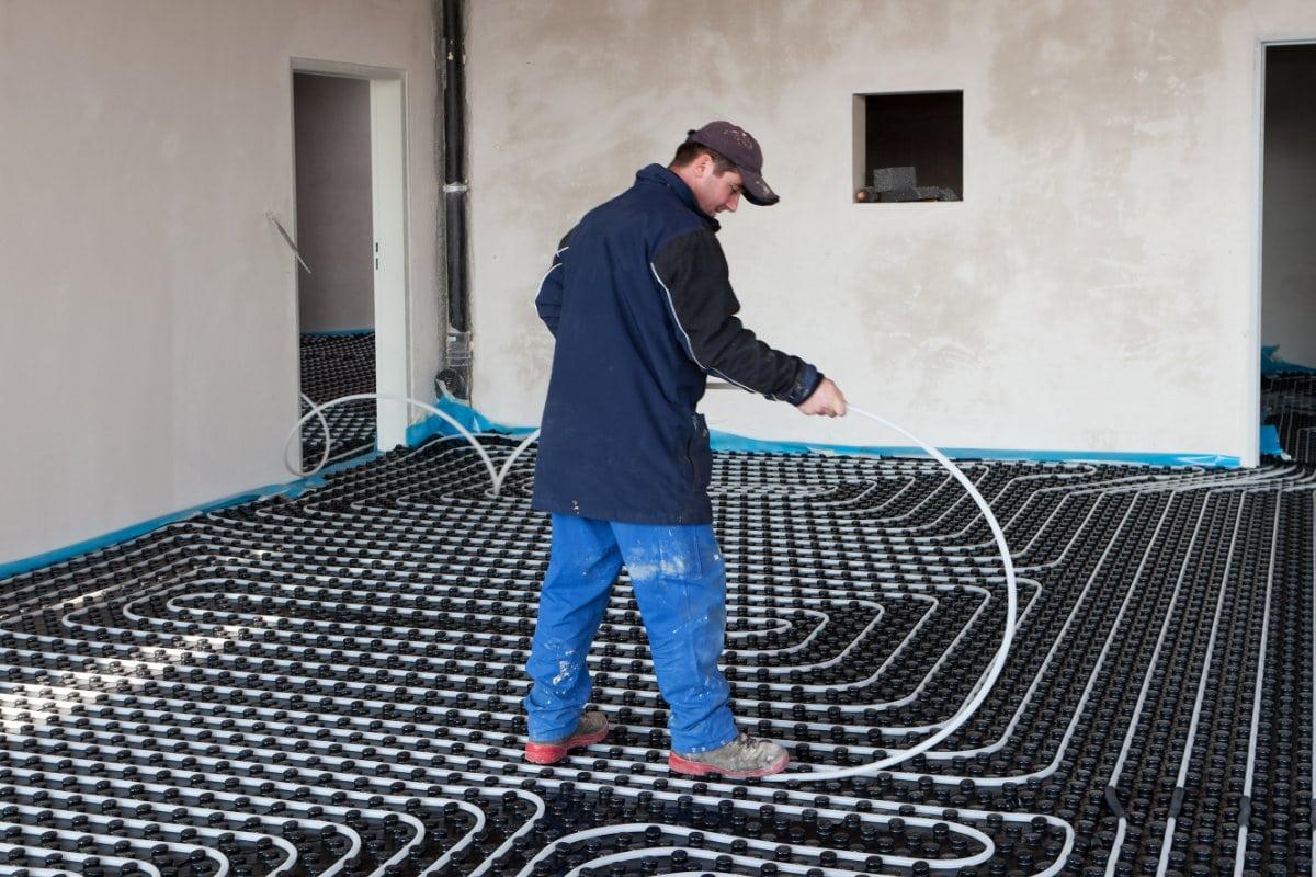 Voorbeeld aanleg vloerverwarming droog systeem